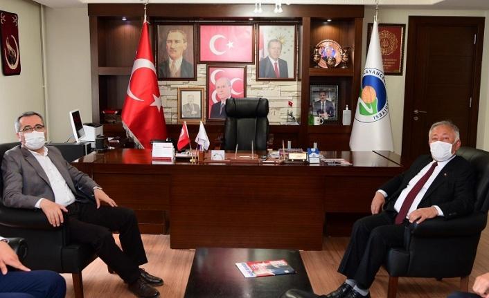 Başkan Güngör'den Çağlayancerit Belediyesine Ziyaret