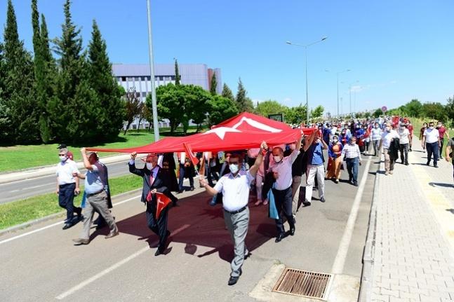 KSÜ, 15 Temmuz şehitlerini yâd etmek için yürüdü