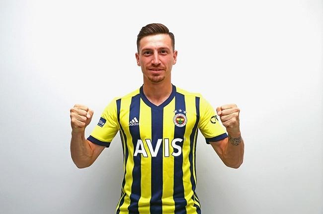 Fenerbahçe Mert Hakan'ı açıkladı
