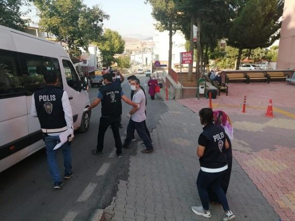 FETÖ'cü firari karı-koca Kahramanmaraş'ta yakalandı