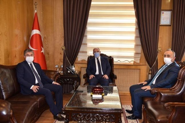 Osmaniye Valisi ve Osmaniye Cumhuriyet Başsavcısı Vali Coşkun'u ziyaret etti