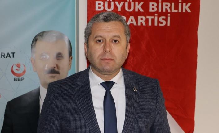 """BBP'li Yardımcıoğlu, """"Öğrenciye kredi değil, burs verilmelidir"""""""