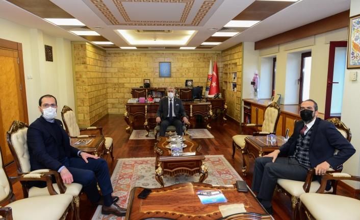 Kahramanmaraş Milletvekilleri Ahmet Özdemir ve Mehmet Cihat Sezal, KSÜ Rektörü Prof. Dr. Niyazi Can'ı Ziyaret Etti
