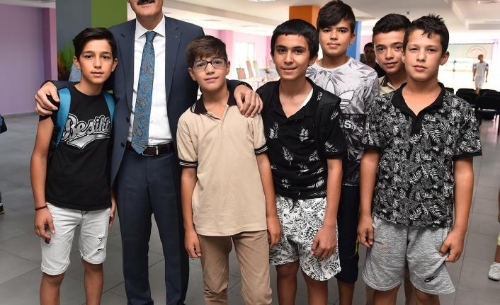 Gazipaşa Gençlik Merkezi Gençlerimizin Gözdesi Olacak