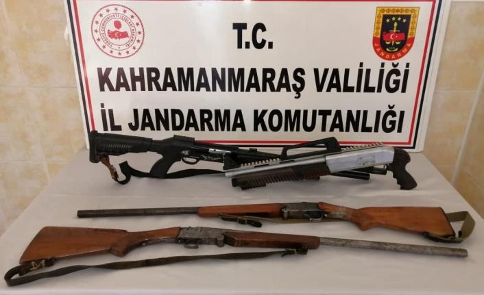 Jandarma ruhsatsız av tüfeklerine el koydu