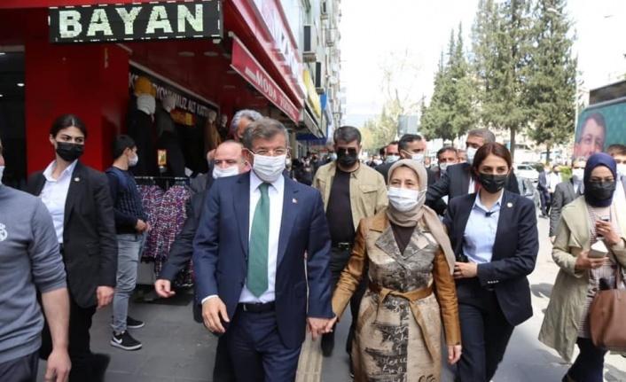 """Ahmet Davutoğlu, """"Ne kadar Konyalıysam o kadar Kahramanmaraşlıyım"""""""