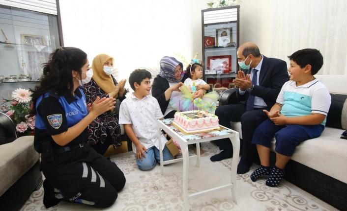 Emniyet Müdürü Cebeloğlu'ndan Şehit Ailelerine Bayram Ziyareti