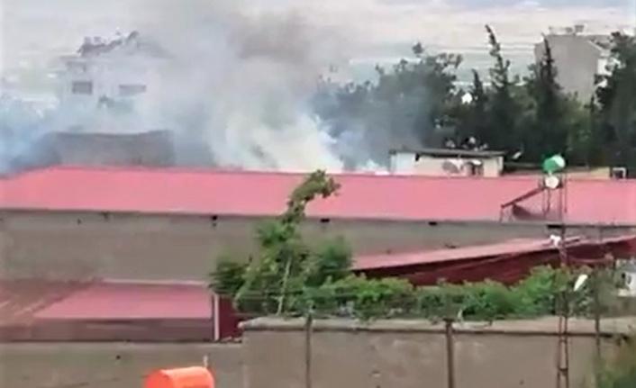 Kahramanmaraş'ta çırçır deposunda yangın