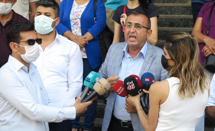 Kahramanmaraş'ta 'Sarı Bina'nın yıkılmasına karşı çıktılar