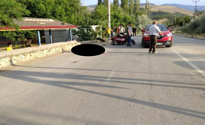 Kahramanmaraş'ta sepetli motosikletle duvara çarptı: 1 ölü 2 ağır yaralı