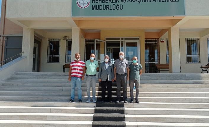 Rektör Prof. Dr. Niyazi Can'ın, Dulkadiroğlu Rehberlik ve Araştırma Merkezini Ziyaret etti