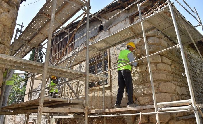 Dulkadiroğlu'ndan Kurtuluş Mahallesinde Tarihi Dönüşüm