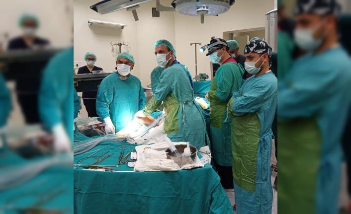 """""""Endoskopik Damar Çıkarma"""" yöntemi ile sağlığına kavuştu"""