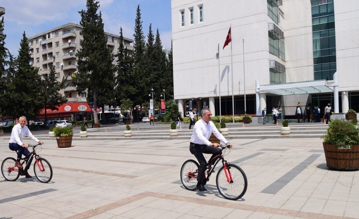 Şehir içi ulaşımda bisikleti yaygınlaştıracağız