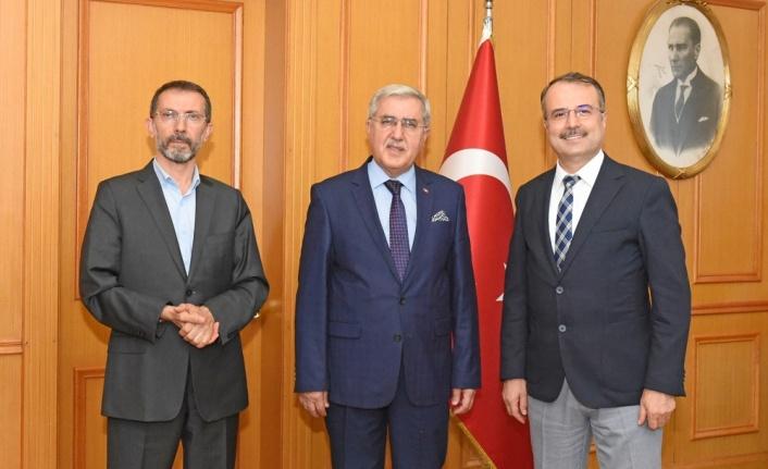 Rektör Prof. Dr. Niyazi Can'ın, MÜ Rektörü Kurt'u Ziyaretinde Yüz Yüze Eğitim-Öğretim Döneminin Meselelerini Görüşüldü