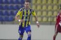 Fenerbahçe Szalai ile anlaştı
