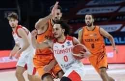 A Milli Basketbol Takımı ilk galibiyetini aldı