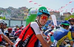 Grand Prix Erkekler Yarışı Kentin Zirvesiyle Start Aldı