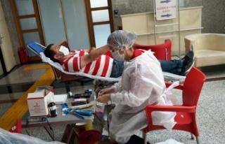 Büyükşehir'den Kızılay'a kan desteği