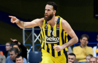 Datome Fenerbahçe Beko'dan ayrıldı