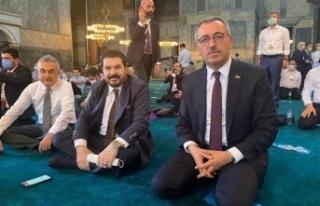 Başkan Güngör Ayasofya Cami'nde