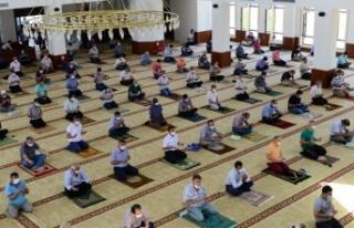 KSÜ'de, Şehitlerimiz Dualarla Andı