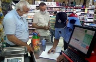Onikişubat Belediyesi zabıta ekipleri marketleri...