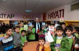 """Başkan Mahçiçek: """"Türk Dili'ni seviniz!..."""""""
