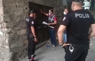 Kahramanmaraş'ta polis, aranan 67 şüpheliyi...