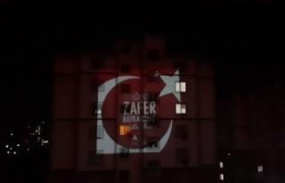 Kahramanmaraş'ta 30 Ağustos Balkonlarda Kutlandı