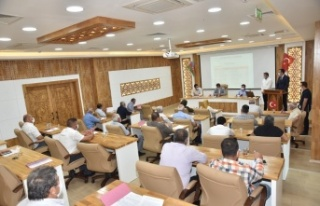 Türkoğlu Belediye Meclis Toplantısında Şehitler...