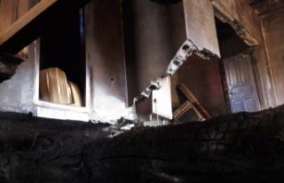 Göksun'da ev yangını korkuttu