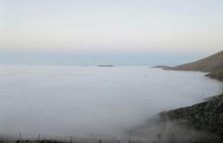Elbistan'da gökyüzünü sis bulutu kapladı