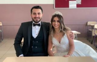 Okul sırasında başlayan aşkları nikah masasında...