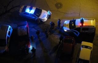 Kısıtlamayı ihlal etti polisle tartıştı gözaltına...