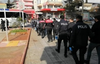 Kahramanmaraş'ta aranan 85 kişi gözaltına...