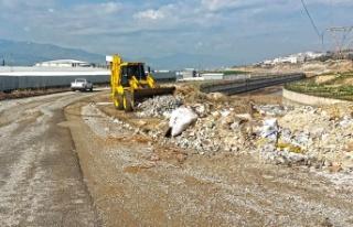 Şehir Genelinde Hafriyat Atıkları Temizleniyor