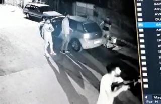 Adana'da 3 Kadının Yaşadığı Eve Kurşun Yağdırdılar