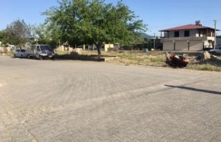 Ehliyetsiz motosiklet sürücüsü otomobille çarpıştı:...