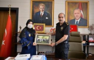 Emniyet Müdürü Cebeloğlu şehit kızına bir sürpriz...