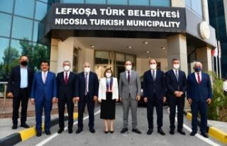 Başkan Güngör Türkiye Heyetiyle Kıbrıs'ta