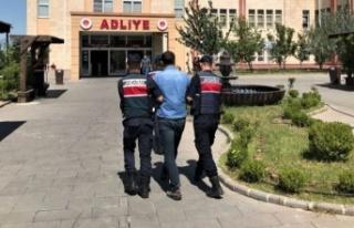 Kahramanmaraş'ta FETÖ'den aranan eski polis...