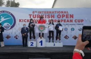Büyükşehir Sporcusu Esma Yıldız Avrupa Şampiyonası'nda