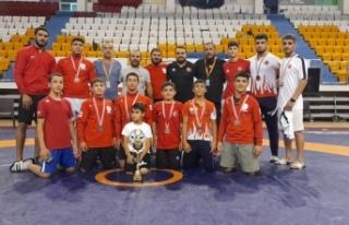 Kahramanmaraş Takımı Türkiye şampiyonluğuyla...