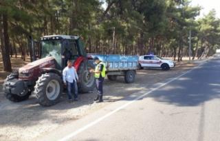 Kahramanmaraş'ta jandarma trafik ekipleri tarım...