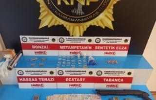 Kahramanmaraş'ta uyuşturucu operasyonu: 12 kişi...