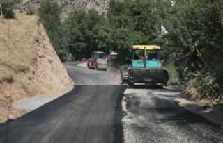 Gafarlı'nın Yolları Büyükşehir'le Yenilendi