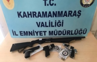 Kahramanmaraş'ta yasa dışı silah kullanan 6...