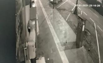 Kahramanmaraş'ta hırsız önce kameraya sonra polise yakalandı