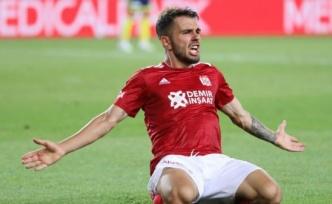 Galatasaray'da Emre Kılınç transferi resmiyet kazanıyor
